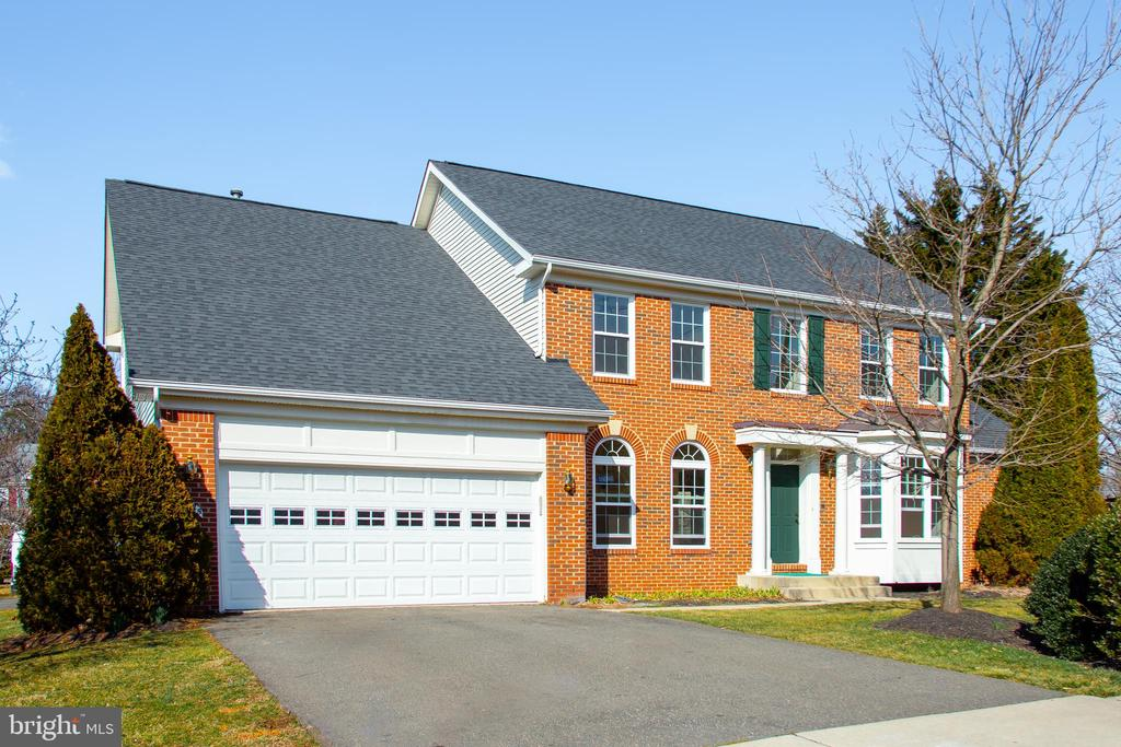 6625  MAINSAIL COURT, Burke, Virginia 6 Bedroom as one of Homes & Land Real Estate