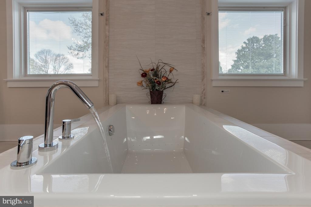 Sample Photo of New Additions - Bath - 8110 GEORGETOWN PIKE, MCLEAN