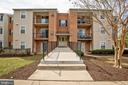 Welcome Home! - 18318 STREAMSIDE DR #203, GAITHERSBURG