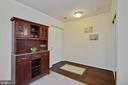 Spacious entry foyer with large closet. - 18318 STREAMSIDE DR #203, GAITHERSBURG