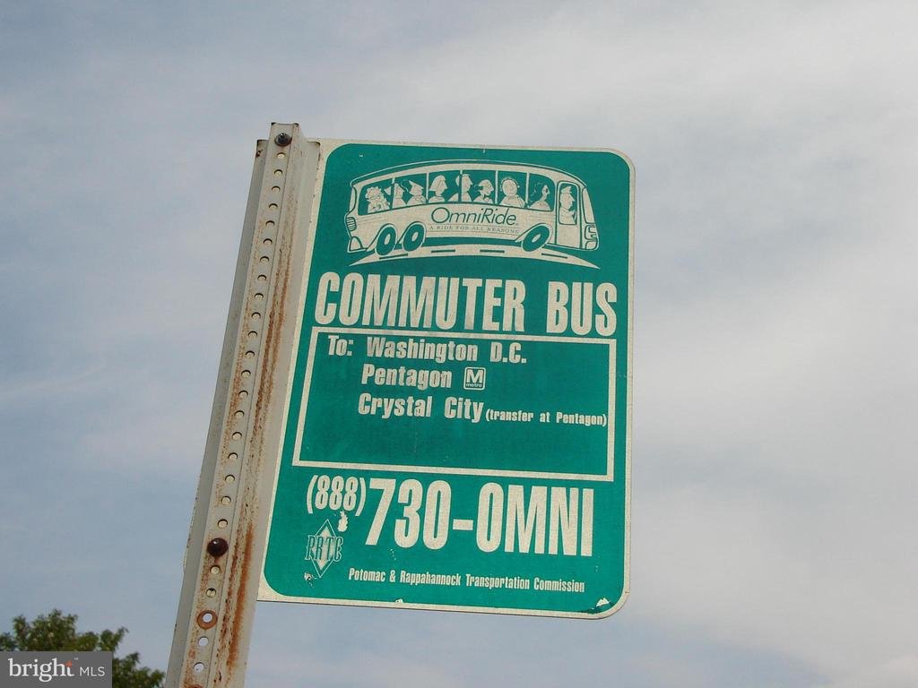 Commuter bus stop at Brittany entrance - 16612 ACCOLON CT, DUMFRIES