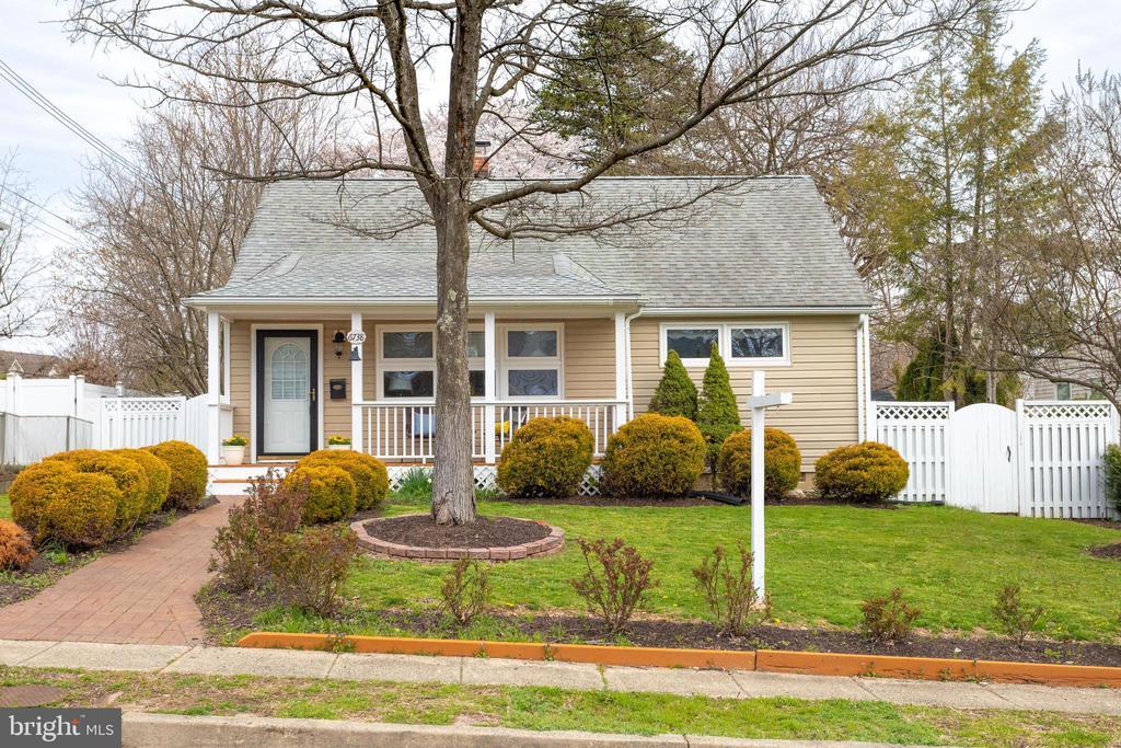 Falls Church Homes for Sale -  Loft,  6738  GOUTHIER ROAD