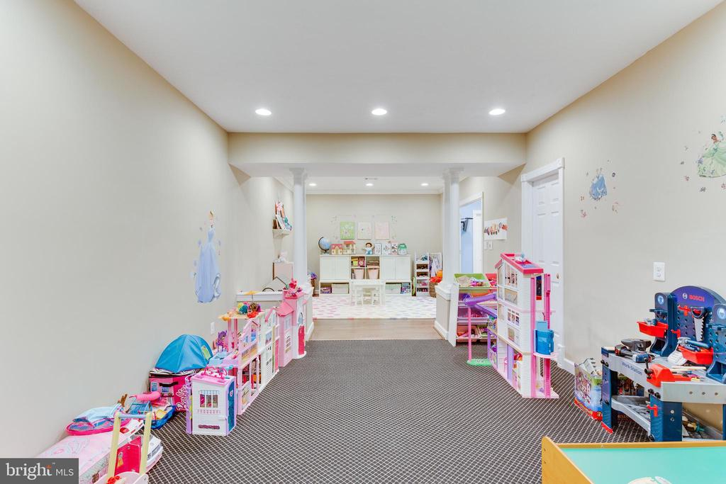 Play Room - 9464 CORAL CREST LN, VIENNA