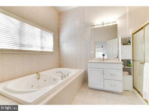 Additional photo for property listing at 181 SPRING BEAUTY  Lawrenceville, New Jersey 08648 United States