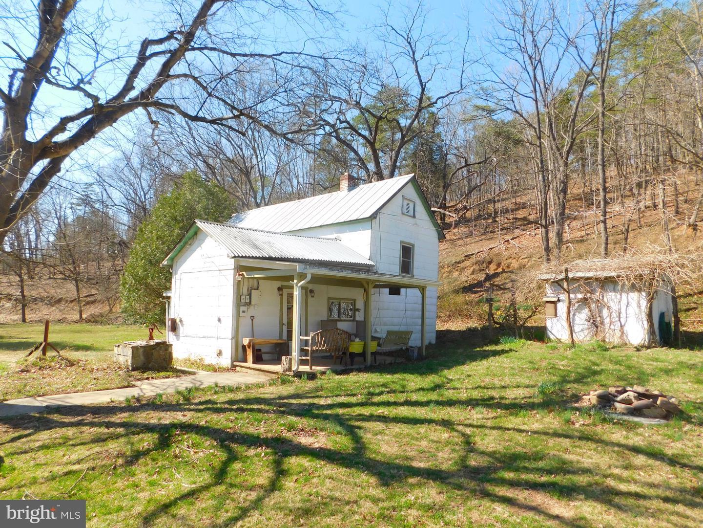 Single Family Homes のために 売買 アット Burlington, ウェストバージニア 26710 アメリカ