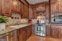 UPGRADED FURNITURE QUALITY CABINETRY - 8728 PETE WILES RD, MIDDLETOWN