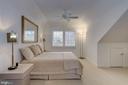 Top Floor Suite - 2131 N SCOTT ST, ARLINGTON