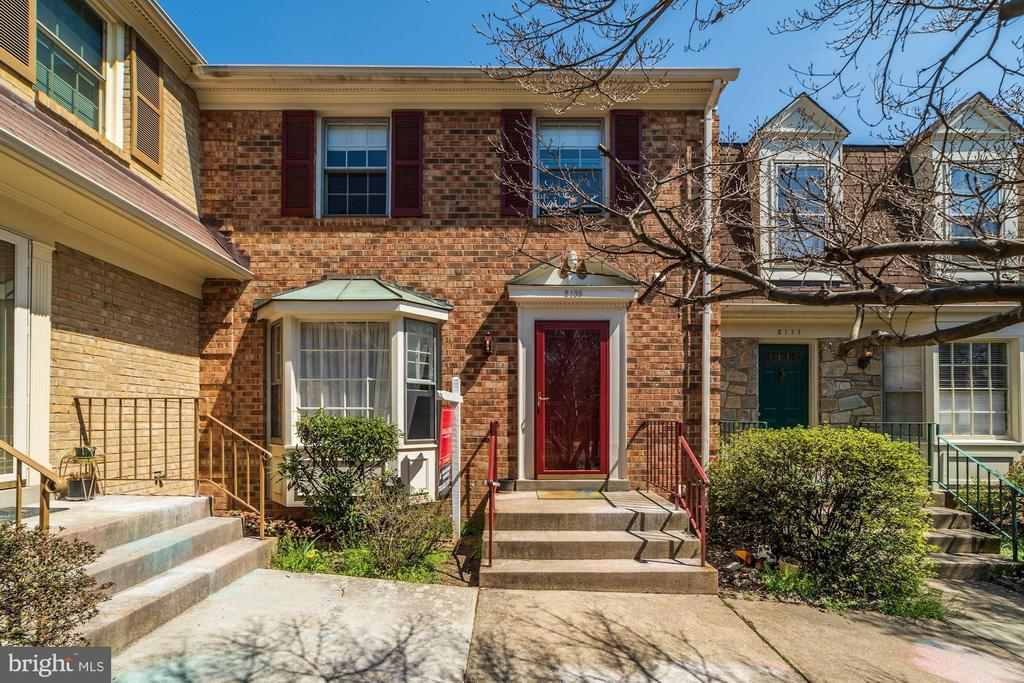 One of Falls Church 3 Bedroom Homes for Sale at 2109  KINGS MILL COURT