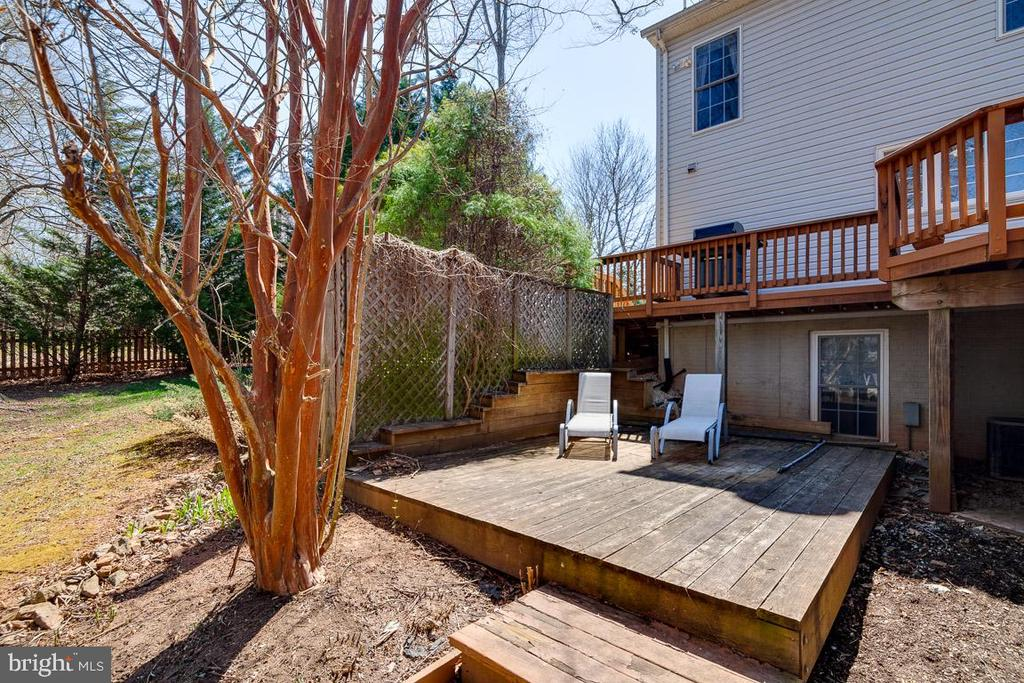 More Deck Space for Hot Tub - 12840 DUSTY WILLOW RD, MANASSAS