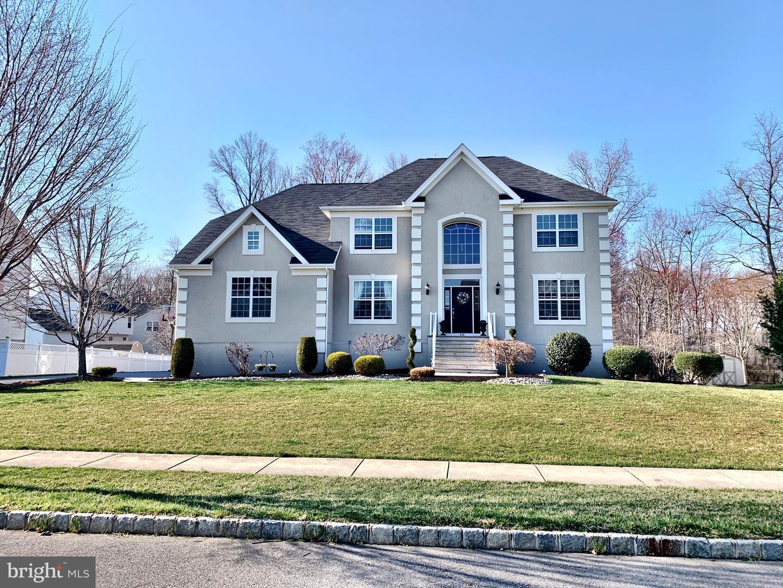 Maison unifamiliale pour l Vente à 254 LEFFLER Circle Florence, New Jersey 08518 États-Unis