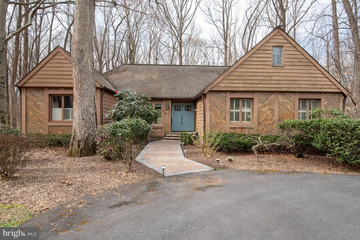 Single Family for Sale at 1698 Brickhouse Bar Ct Annapolis, Maryland 21401 United States
