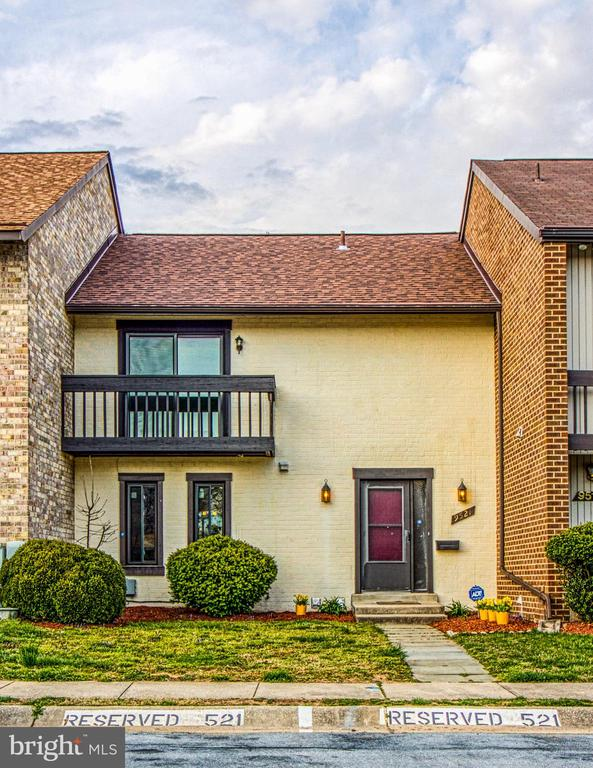 9521  BRIAR GLENN WAY, Gaithersburg, Maryland