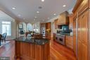 Kitchen - 8033 WOODLAND HILLS LN, FAIRFAX STATION