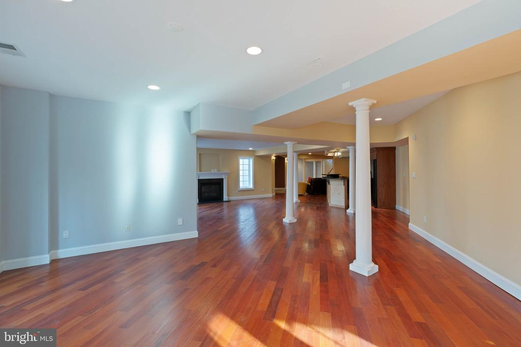 basement - 8033 WOODLAND HILLS LN, FAIRFAX STATION