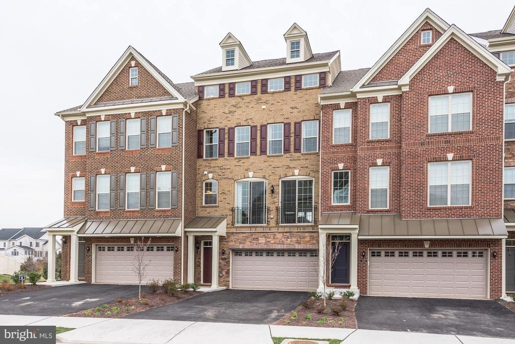23723  HOPEWELL MANOR TERRACE 20148 - One of Ashburn Homes for Sale