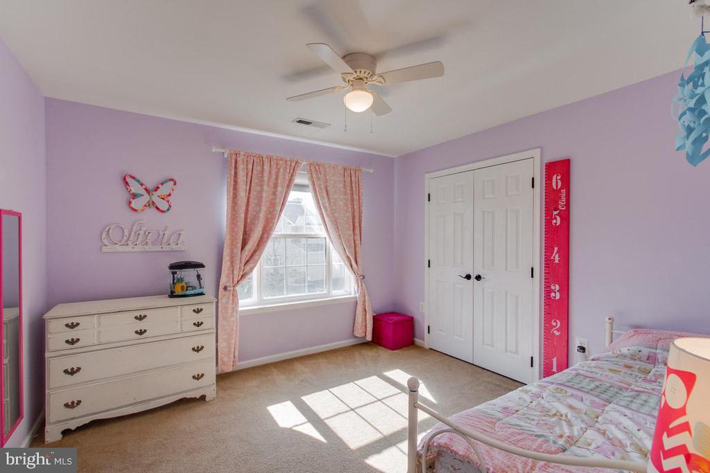 3rd Bedroom Light and Bright - 1248 BARKSDALE DR NE, LEESBURG