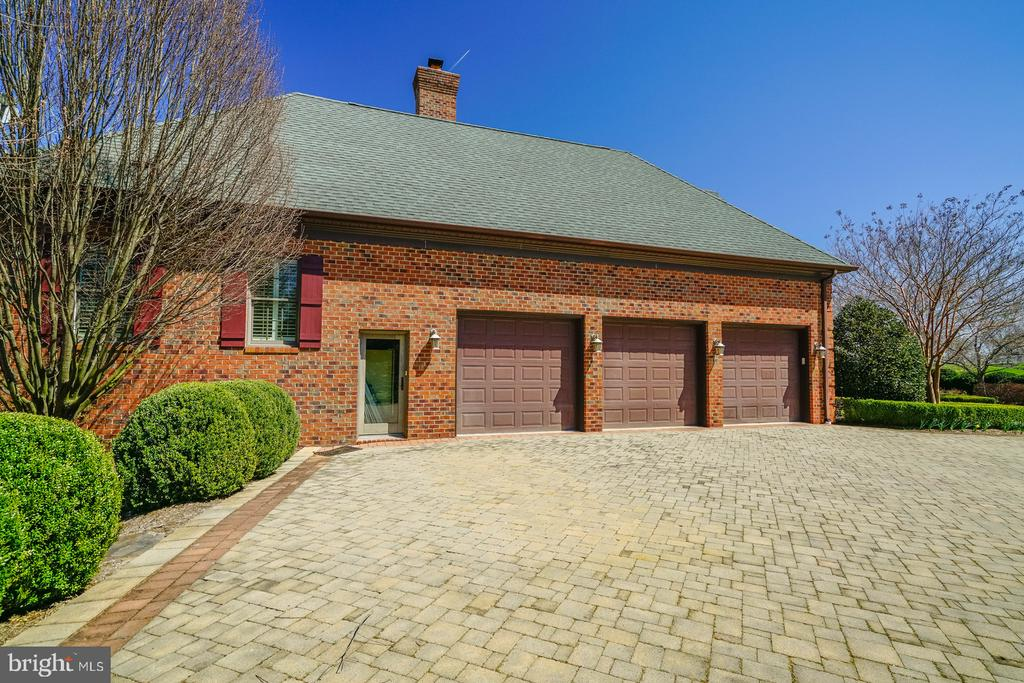 Three Car with  Over-sized Drive - 41154 GRENATA PRESERVE PL, LEESBURG