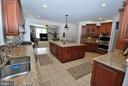 Stainless Steel Appliance and Granite Countertopos - 24436 PERMIAN CIR, ALDIE