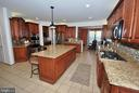 Amazing Chef's Kitchen - 24436 PERMIAN CIR, ALDIE