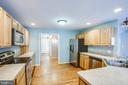 Gourmet kitchen with recessed lighting - 7407 BARRISTER CT, SPOTSYLVANIA