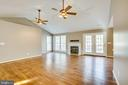 Cathedral ceiling - 7407 BARRISTER CT, SPOTSYLVANIA