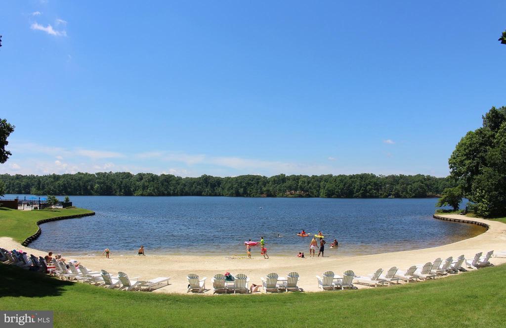 Fawn Lake beach! - 11308 STONEWALL JACKSON DR, SPOTSYLVANIA