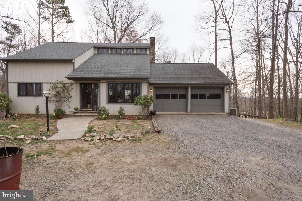 6485  WEADON RIDGE LANE, Marshall in FAUQUIER County, VA 20115 Home for Sale