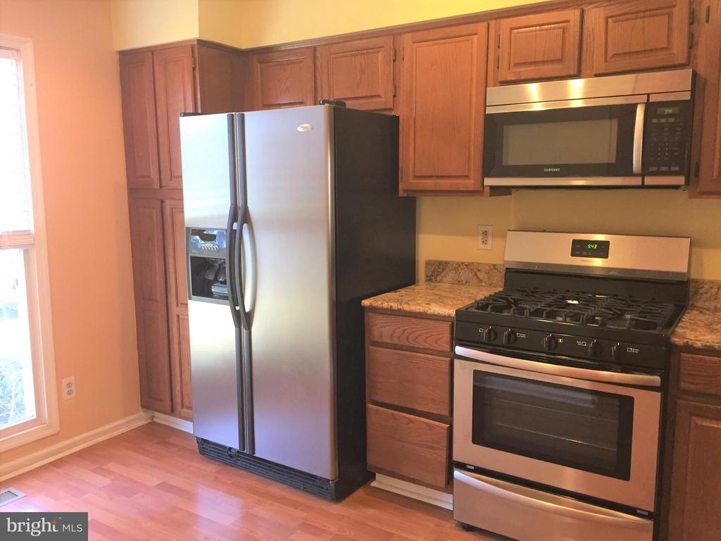 Kitchen - 44011 FALMOUTH CT, ASHBURN