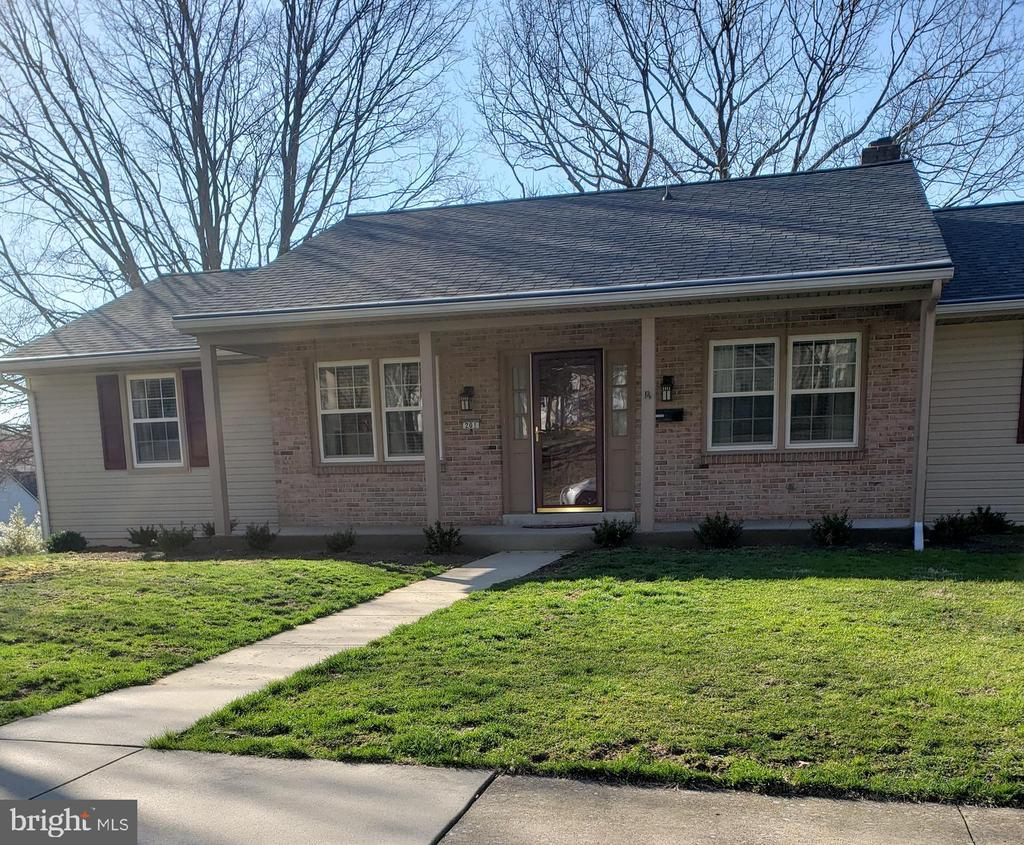201  SWARTHMORE DRIVE, Manheim Township in LANCASTER County, PA 17543 Home for Sale