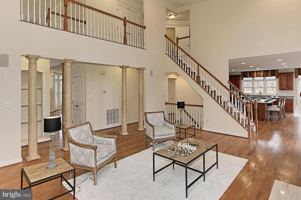 Family Room with Second Staircase to Upstairs - 8260 ROSELAND DR, FAIRFAX STATION