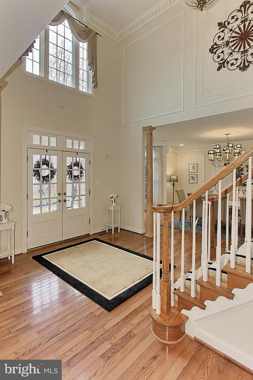 Interior View of Front Entrance - 8260 ROSELAND DR, FAIRFAX STATION