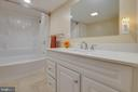 Newly remodeled full bath - 30-40 VINCENT LN, STAFFORD