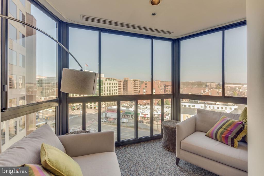 E-Lounge on the 8th Floor - 900 N STAFFORD ST N #1608, ARLINGTON