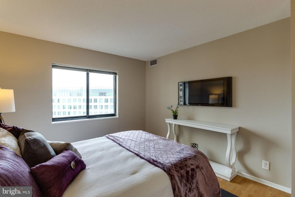 Master bedroom - 900 N STAFFORD ST N #1608, ARLINGTON