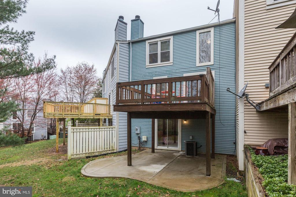 Deck and Patio for outdoor living - 11921 REDTREE WAY, RESTON