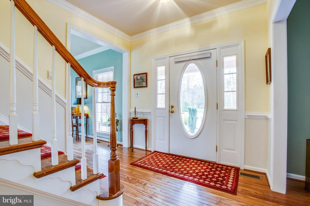 Foyer - 8202 WATERFORD DR, SPOTSYLVANIA