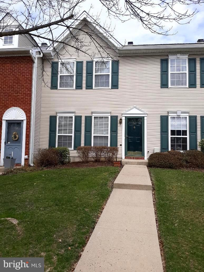 Single Family Home for Sale at 156 SHREWSBURY Court Pennington, New Jersey 08534 United StatesMunicipality: Hopewell Township