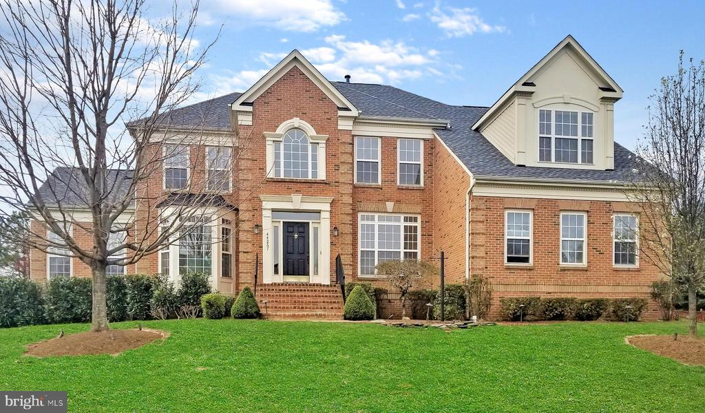 44267  OLDETOWNE PLACE 20147 - One of Ashburn Homes for Sale