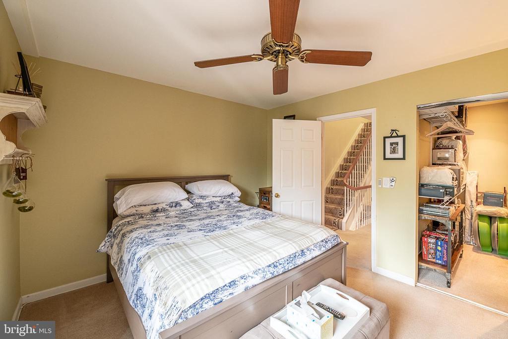 Additional bedroom - 1604 WASHINGTON PLZ, RESTON