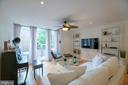 Living room - 1604 WASHINGTON PLZ, RESTON