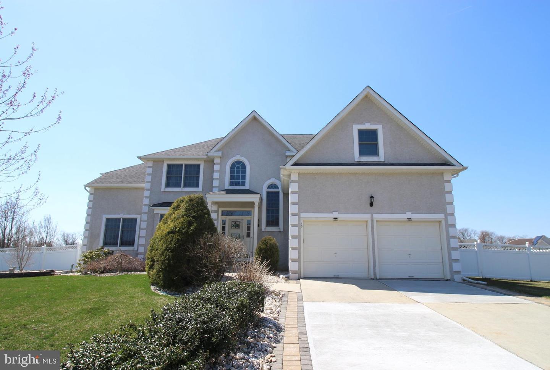 Частный односемейный дом для того Продажа на 18 FIELDCREST Drive Columbus, Нью-Джерси 08022 Соединенные Штаты