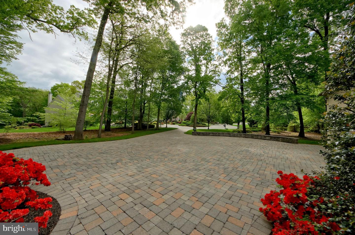 Additional photo for property listing at  Robbinsville, New Jersey 08691 United States