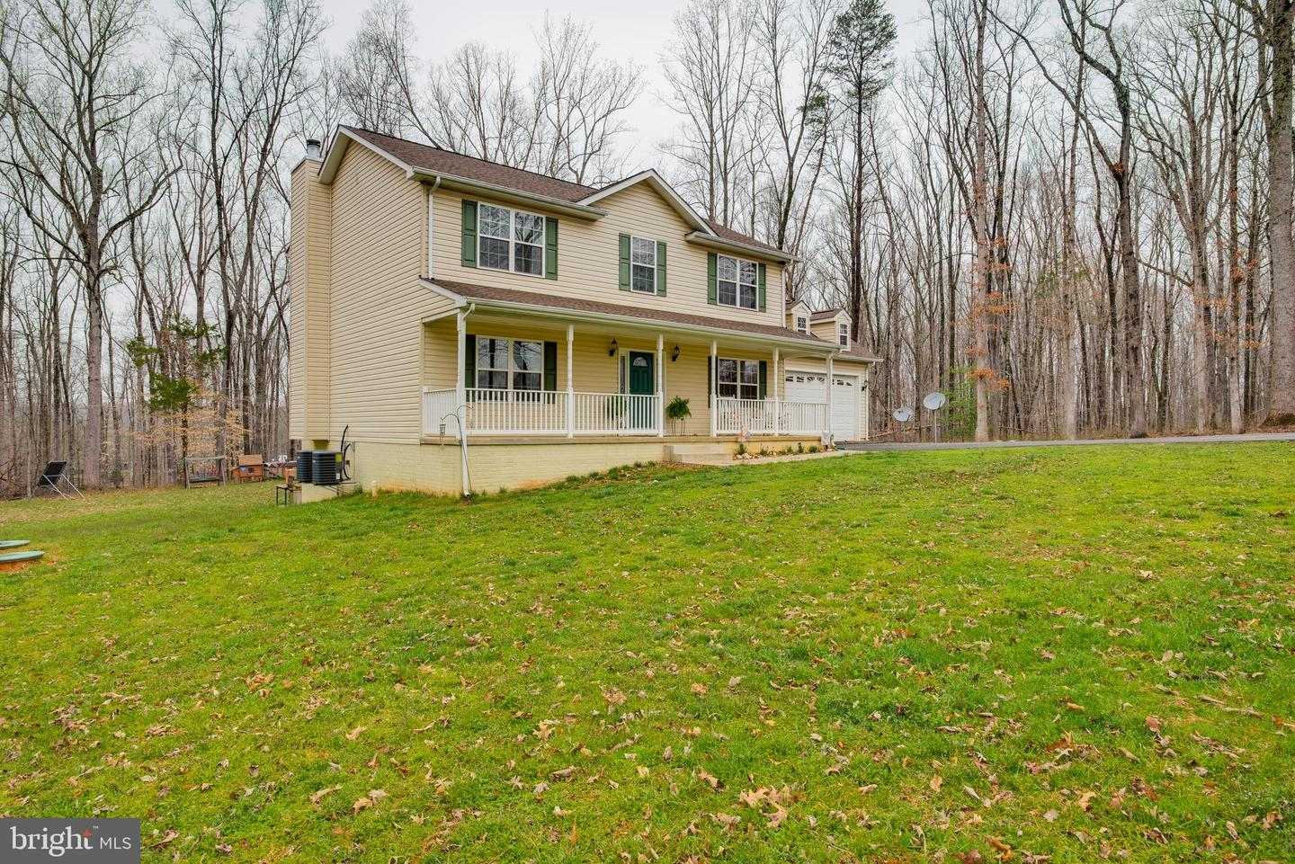 Single Family for Sale at 8250 Diamond Hill Rd Warrenton, Virginia 20186 United States