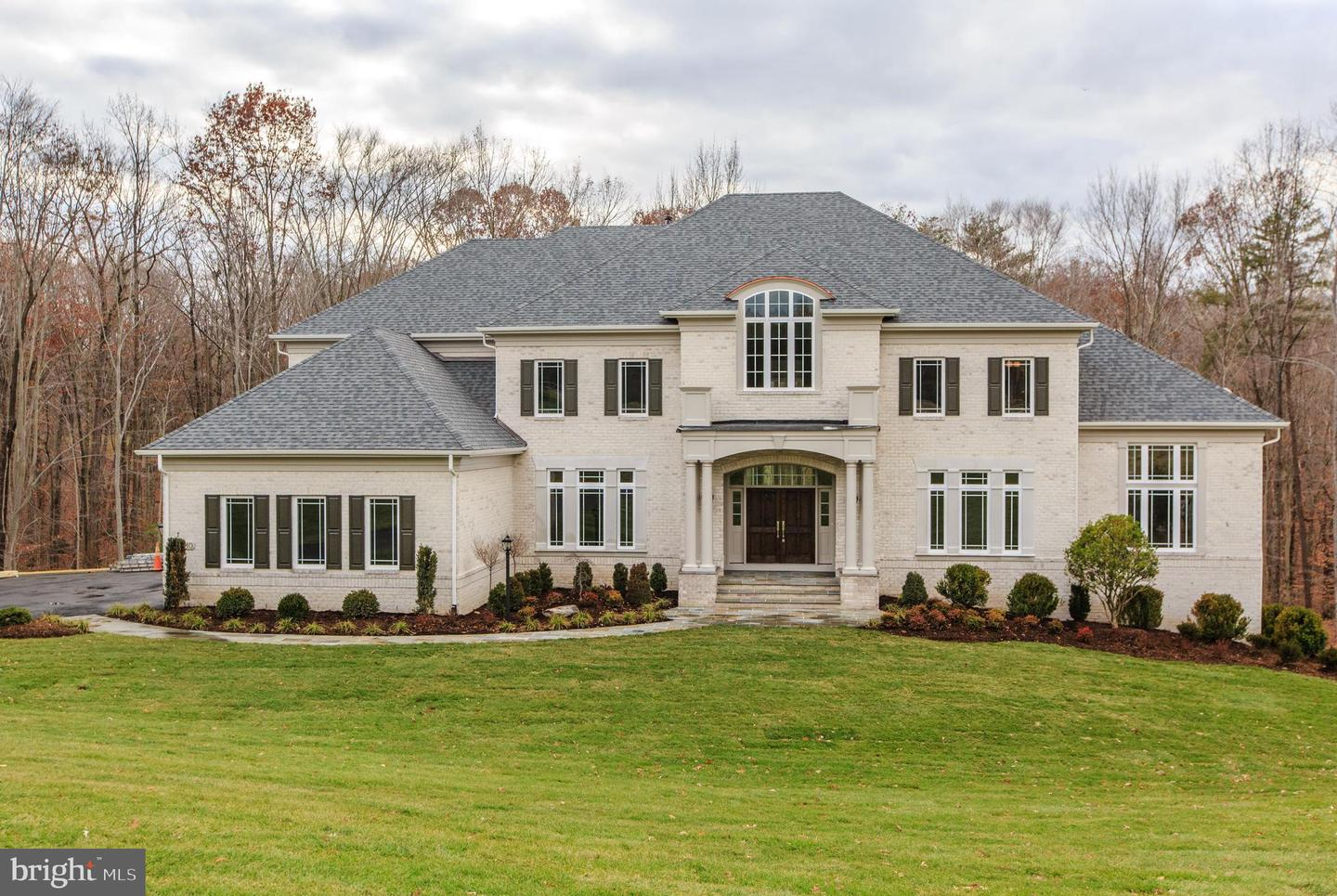 Additional photo for property listing at 10710 Harley Rd 10710 Harley Rd Lorton, Virginia 22079 United States