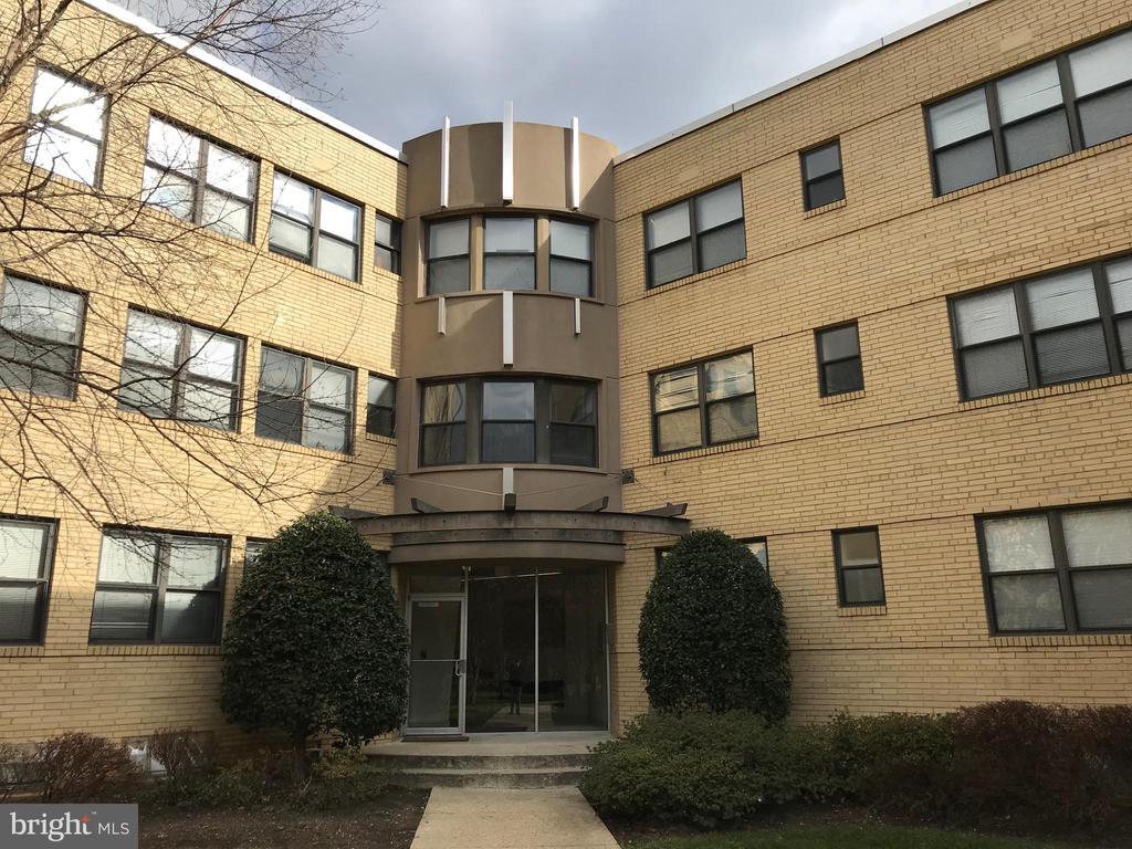 Exterior Front - 212 OAKWOOD ST SE #111, WASHINGTON