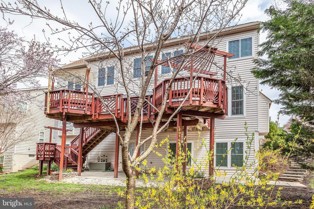 - 20377 WATER VALLEY CT, STERLING