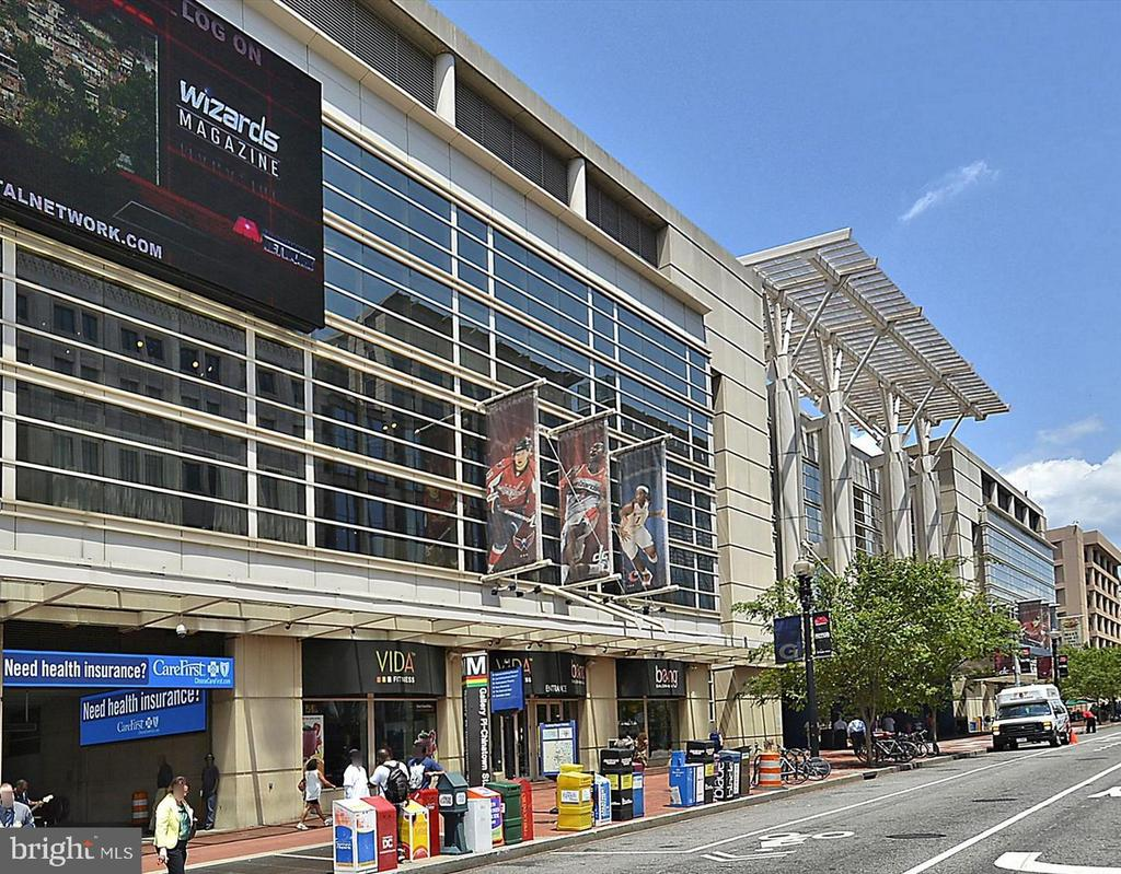 One Block from Capital One Arena - 616 E ST NW #1155, WASHINGTON