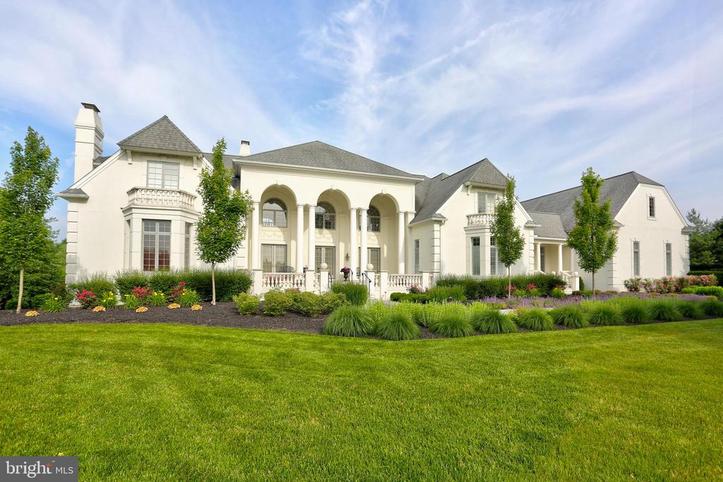 507  STONEHENGE DRIVE, one of homes for sale in Manheim Township