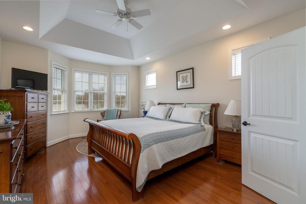 Master bedroom with views of the Lake ! - 24096 LANDS END, ORANGE
