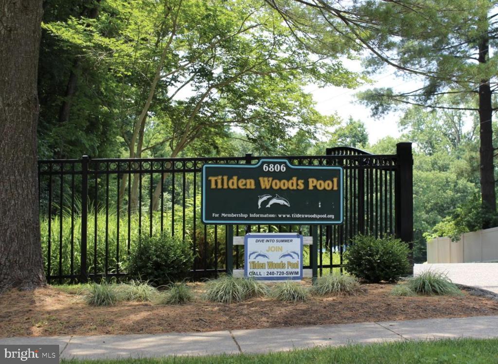 Tilden Woods Pool - 10882 SYMPHONY PARK DR, NORTH BETHESDA